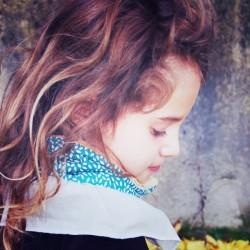 écharpe /col enfant taille unique de 1 à 10 ans