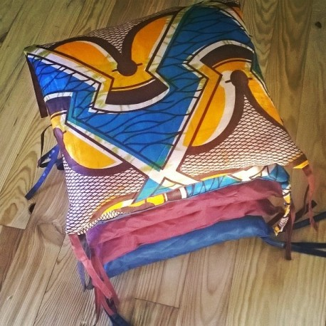 Tour de lit coussin tissus africain